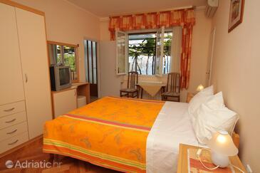 Medveja, Спальня в размещении типа room, доступный кондиционер и WiFi.