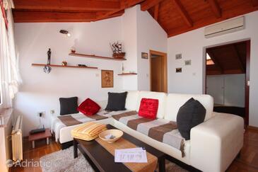 Ičići, Гостиная в размещении типа apartment, доступный кондиционер и WiFi.