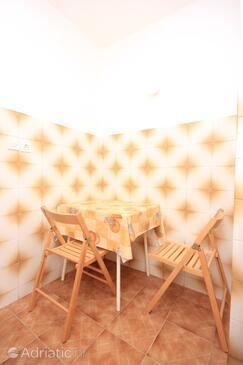 Brseč, Dining room in the studio-apartment, WIFI.