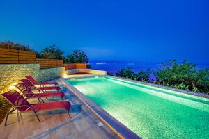 Holiday house with a swimming pool Obrš, Opatija - 7835