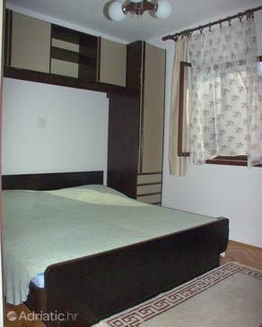 Milna, Bedroom in the room, dostupna klima.