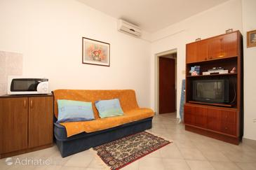 Opatija - Pobri, Living room in the apartment, dostupna klima i WIFI.