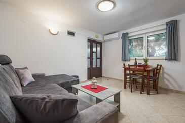 Lovran, Obývací pokoj v ubytování typu apartment, WiFi.