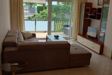 Poljane, Nappali szállásegység típusa apartment, háziállat engedélyezve és WiFi .