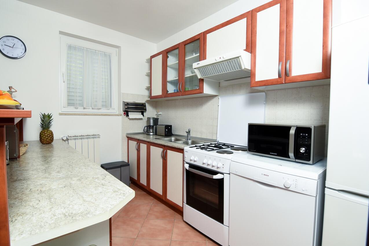 Ferienwohnung im Ort Poljane (Opatija), Kapazität 2+2 (1012288), Poljane, , Kvarner, Kroatien, Bild 10