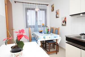 Apartmaji z internetom Lovran (Opatija) - 7886