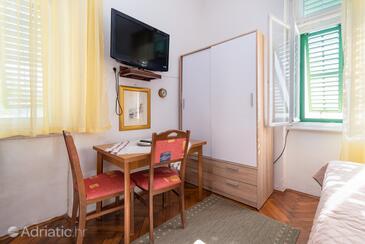 Opatija - Volosko, Столовая в размещении типа studio-apartment, Домашние животные допускаются.