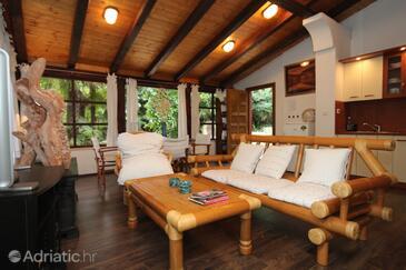 Opatija, Living room in the house, dopusteni kucni ljubimci i WIFI.
