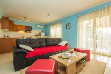 Opatija, Obývací pokoj v ubytování typu apartment, domácí mazlíčci povoleni a WiFi.