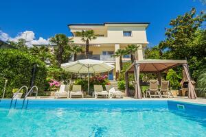 Апартаменты для семьи с бассейном Опатия - Opatija - 7916