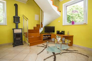 Zagore, Living room 1 in the house, air condition available and WiFi.