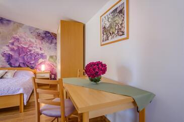 Artatore, Jedáleň v ubytovacej jednotke studio-apartment, dopusteni kucni ljubimci i WIFI.