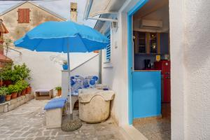 Apartments by the sea Veli Losinj (Losinj) - 7959