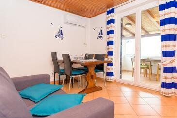 Nerezine, Obývací pokoj v ubytování typu apartment, WiFi.