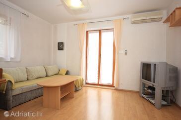 Cres, Гостиная в размещении типа apartment, доступный кондиционер, Домашние животные допускаются и WiFi.