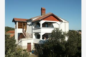 Apartments by the sea Jezera, Murter - 798