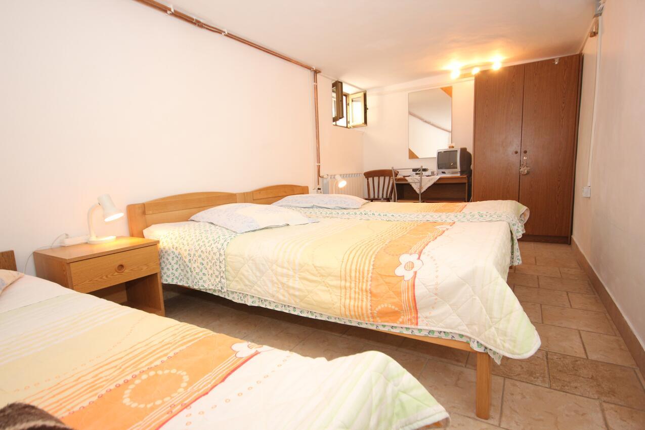 Appartement de vacances im Ort Cres (Cres), Kapazität 2+0 (1012403), Cres (Stadt), Île de Cres, Kvarner, Croatie, image 4