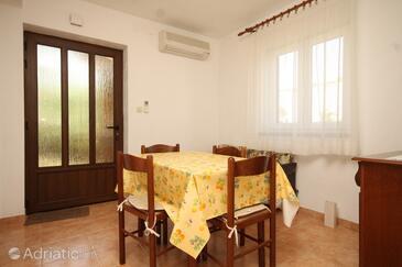 Cres, Jídelna v ubytování typu apartment, s klimatizací a domácí mazlíčci povoleni.