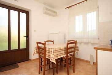 Cres, Dining room in the apartment, dostupna klima, dopusteni kucni ljubimci i WIFI.