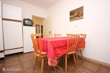 Mali Lošinj, Dining room in the apartment, dopusteni kucni ljubimci.