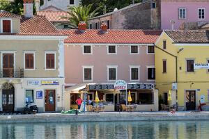 Apartments by the sea Mali Lošinj (Lošinj) - 8001