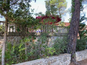 Artatore, Lošinj, Property 8005 - Vacation Rentals near sea with rocky beach.