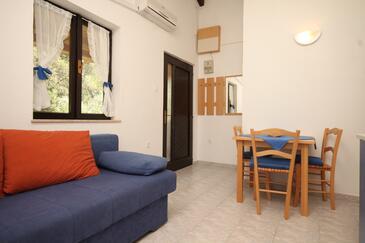 Artatore, Jadalnia w zakwaterowaniu typu apartment, air condition available i WiFi.