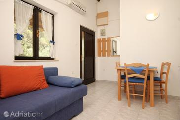 Artatore, Jídelna v ubytování typu apartment, s klimatizací a WiFi.