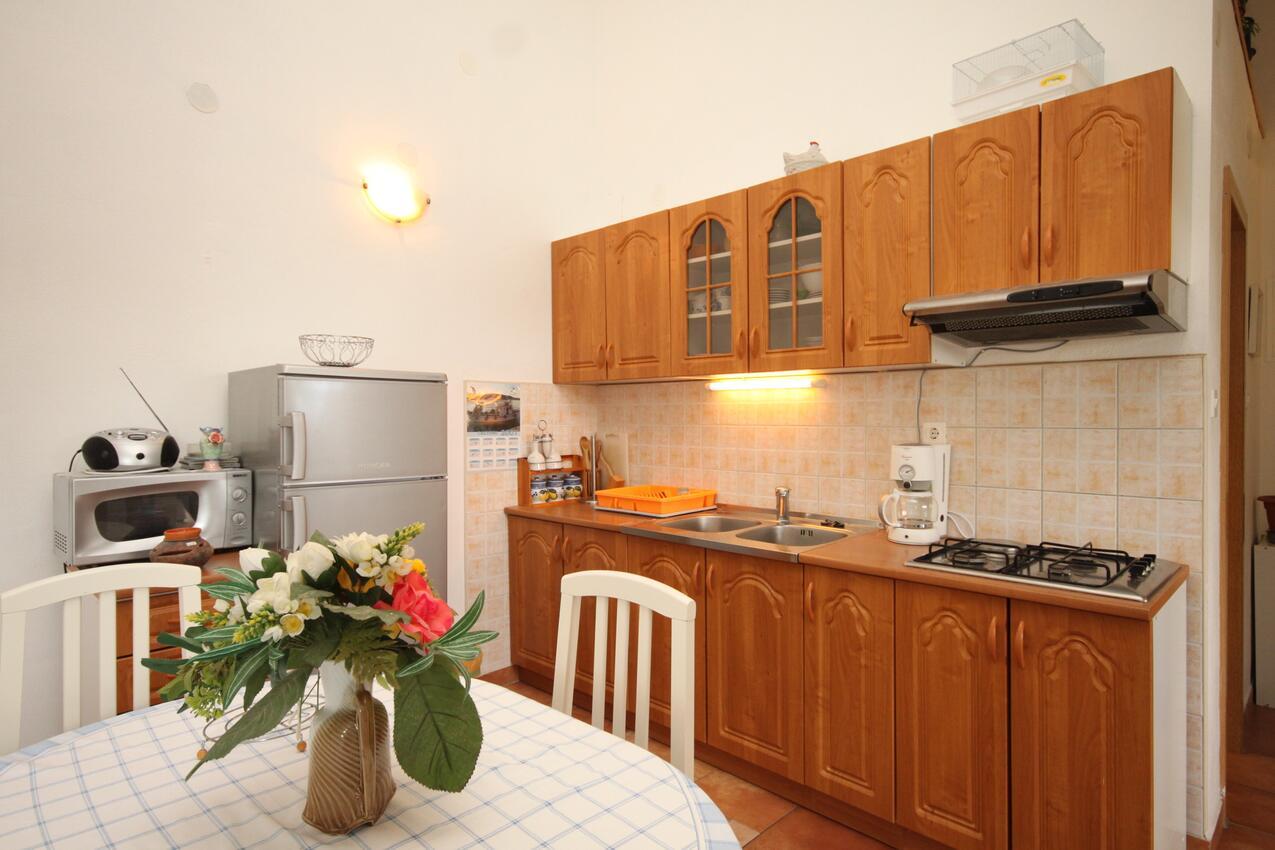 Holiday apartment im Ort Sveti Jakov (Loainj), Kapazität 2+2 (1625411), Sveti Jakov, Island of Losinj, Kvarner, Croatia, picture 3