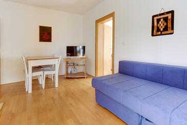 Artatore, Obývacia izba v ubytovacej jednotke apartment, domáci miláčikovia povolení a WiFi.