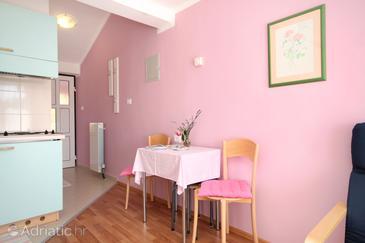 Artatore, Jídelna v ubytování typu studio-apartment, WiFi.