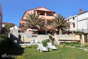 Mali Lošinj, Lošinj, Property 8027 - Apartments by the sea.