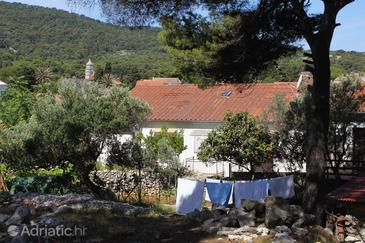 Veli Lošinj, Lošinj, Property 8032 - Apartments and Rooms near sea with pebble beach.