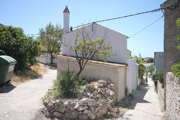 Unije, Lošinj, Объект 8045 - Дом для отдыха вблизи моря с галечным пляжем.