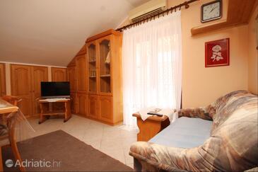 Susak, Гостиная в размещении типа studio-apartment, доступный кондиционер и WiFi.