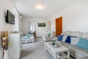 Appartements avec parking Mali Losinj, Losinj - 8053