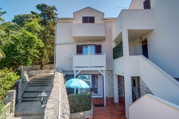 Mali Lošinj, Lošinj, Property 8067 - Apartments with rocky beach.