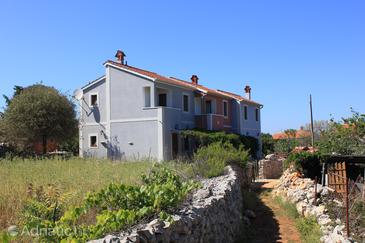 Ilovik, Lošinj, Property 8075 - Apartments by the sea.