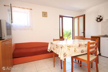 Valun, Dining room in the studio-apartment, dopusteni kucni ljubimci i WIFI.