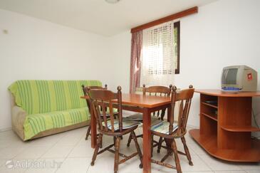 Mali Lošinj, Blagovaonica u smještaju tipa apartment, dostupna klima, kućni ljubimci dozvoljeni i WiFi.