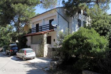 Artatore, Lošinj, Szálláshely 8091 - Apartmanok a tenger közelében kavicsos stranddal.