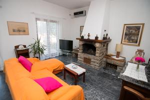 Apartments by the sea Mali Losinj (Losinj) - 8093