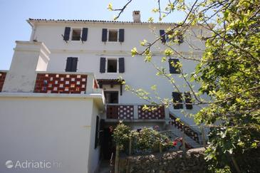 Beli, Cres, Property 8094 - Apartments with pebble beach.