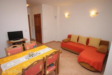 Božava, Obývací pokoj v ubytování typu apartment, s klimatizací a WiFi.