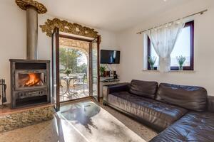 Prázdninový dům s parkovištěm Porozina (Cres) - 8101