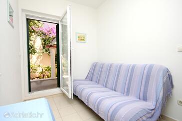 Verunić, Obývací pokoj v ubytování typu apartment, s klimatizací, domácí mazlíčci povoleni a WiFi.