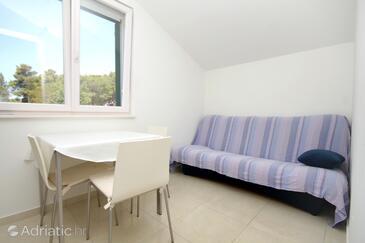 Verunić, Столовая в размещении типа apartment, доступный кондиционер, Домашние животные допускаются и WiFi.