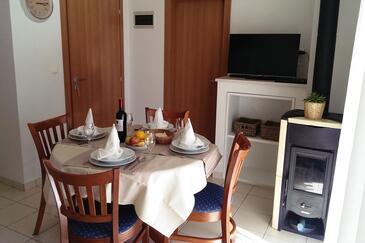 Verunić, Столовая в размещении типа apartment, Домашние животные допускаются и WiFi.