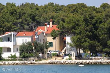 Verunić, Dugi otok, Property 8103 - Apartments by the sea.