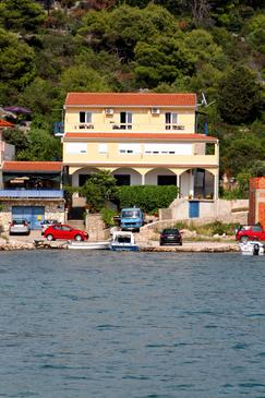 Tisno, Murter, Property 811 - Apartments by the sea.